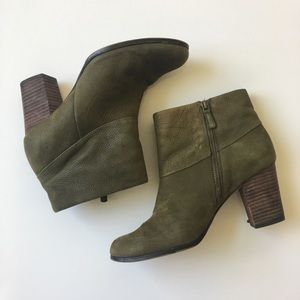 Cole Haan Cassidy Nike Air bootie in green size 9